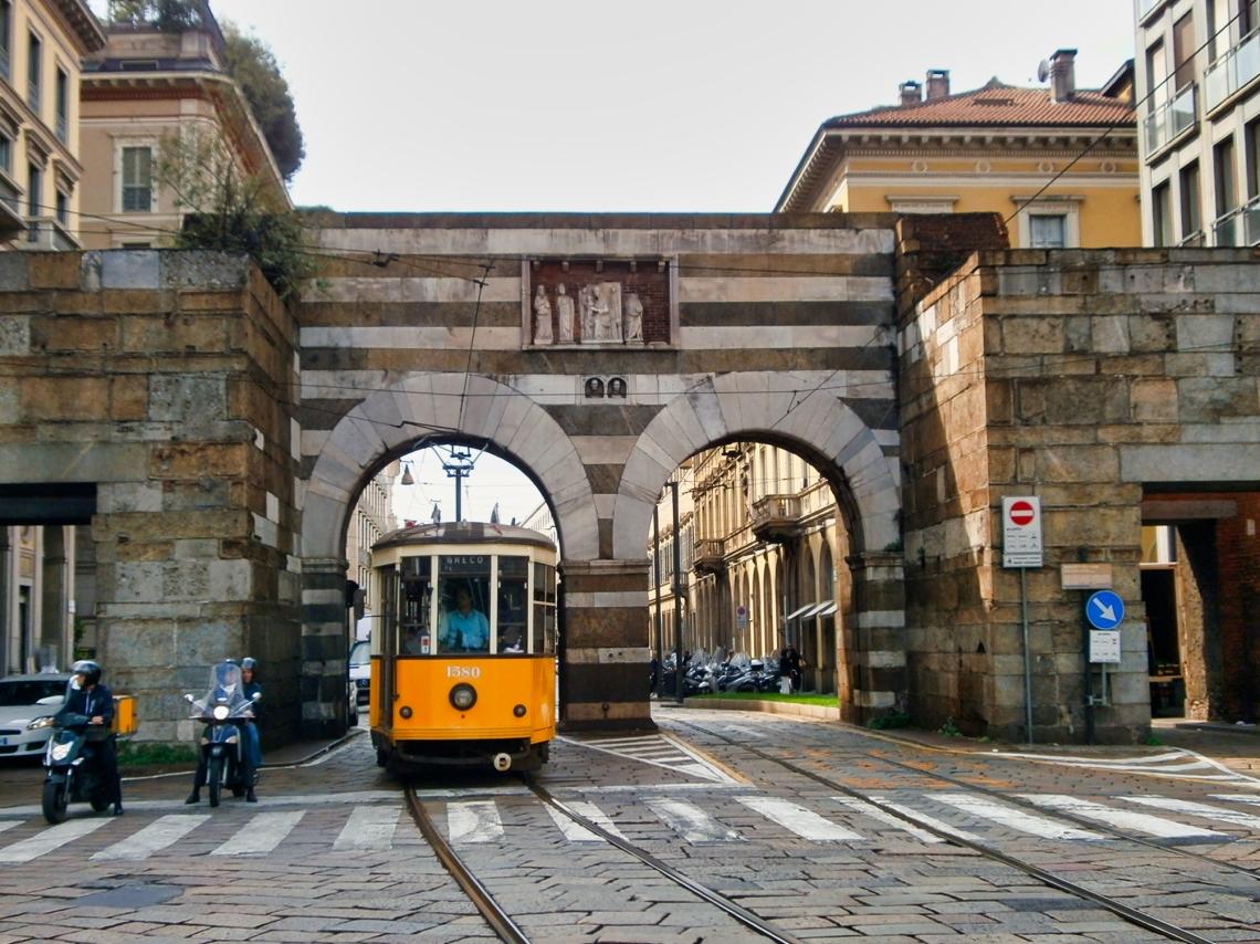 Antica_Porta_Nuova_-_Milano_-_04.jpeg