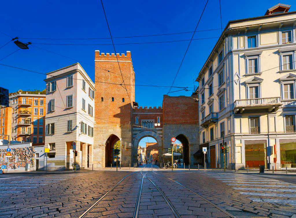 depositphotos_173409478-stock-photo-milan-old-medieval-city-gates.jpeg